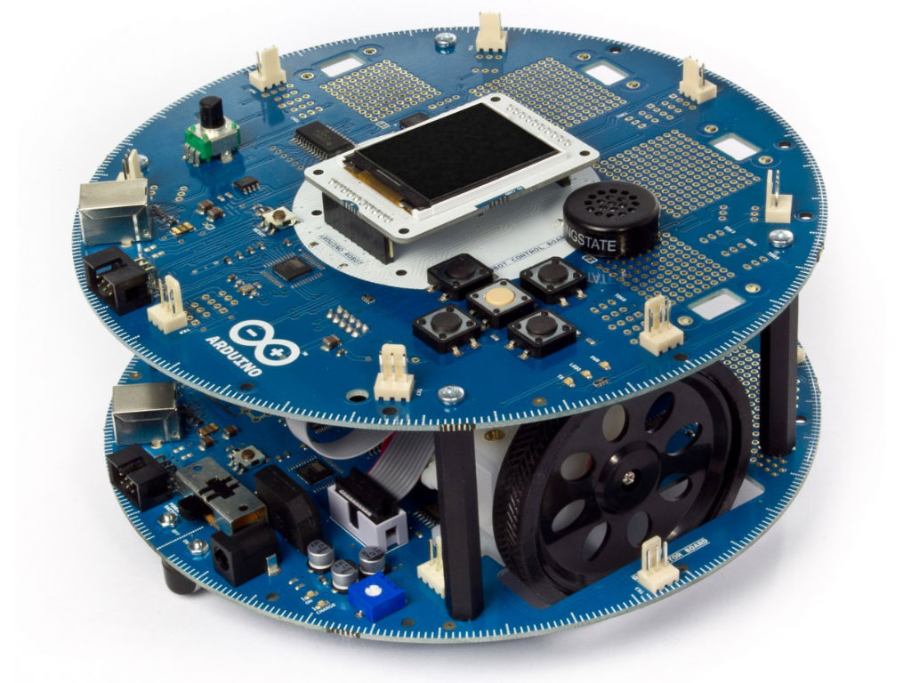Arduino robot the first official on wheels