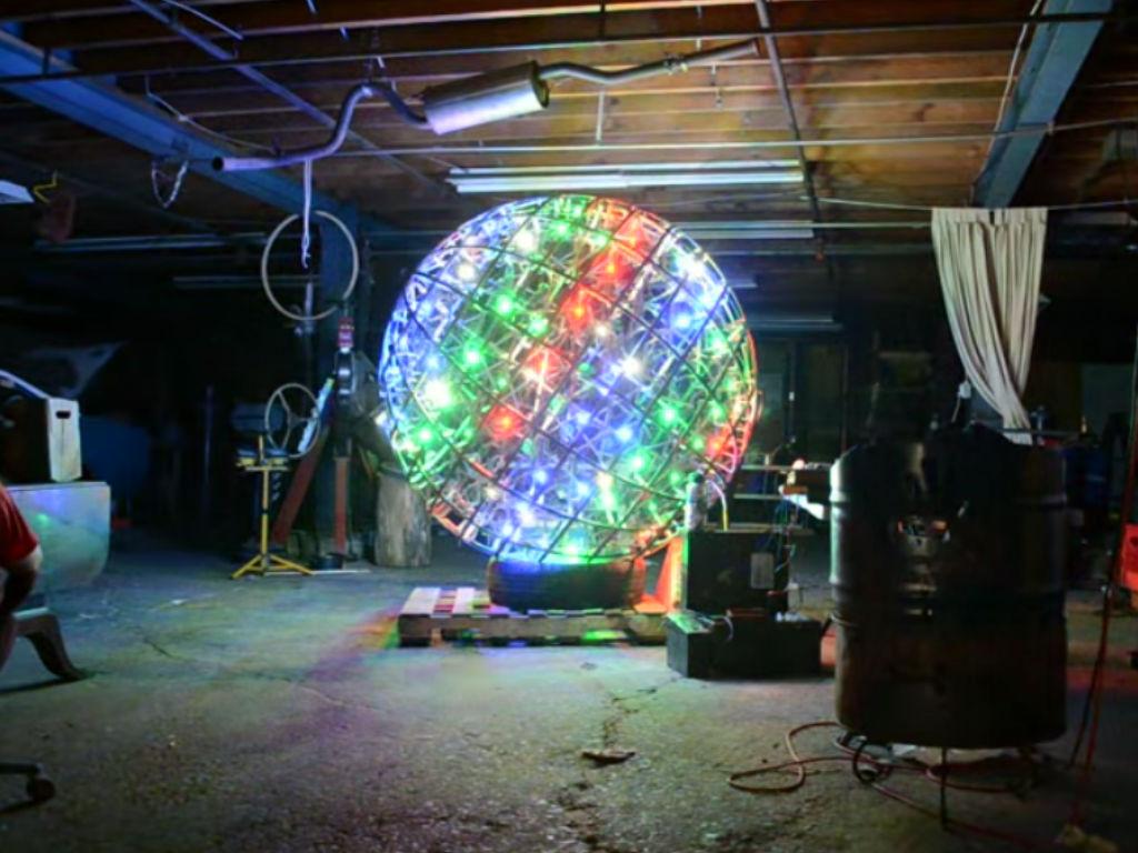 Giant 6 Foot Disco Ball Music Visualiser - Codeduino